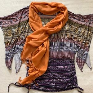 Oh So Boho. Super cute with jeggings and a scarf!